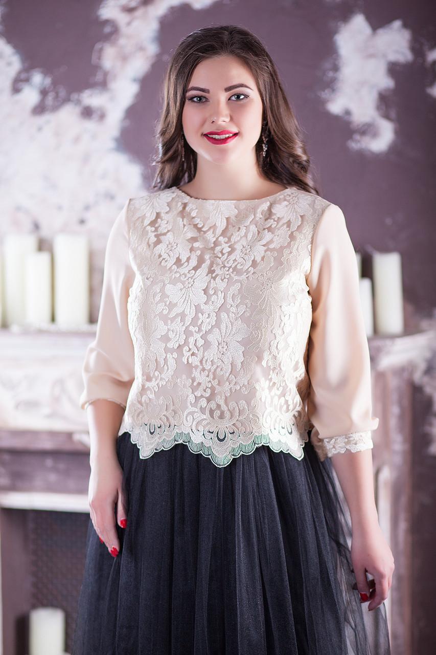 Нежная женская нарядная блузка для полных