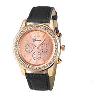 Часы GENEVA женские украшены камнями с черным ремешком