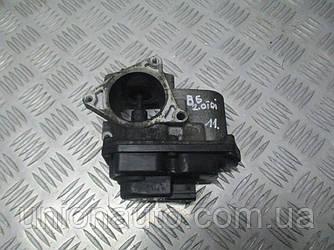 Дросельна заслінка VW PASSAT B6 2.0 TDI 03G 131501