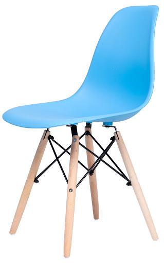 Стул Жаклин (пластиковый Голубой с деревянными ногами)