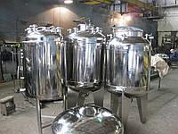 Емкость из нержавеющей стали 900 литров