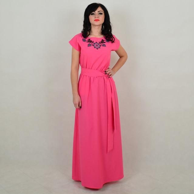 Женские платья с вышивкой