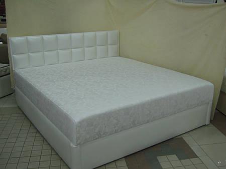 Кожаная кровать ГАМБИТ