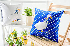 Декоративная Подушка Гусь тёмно-синий