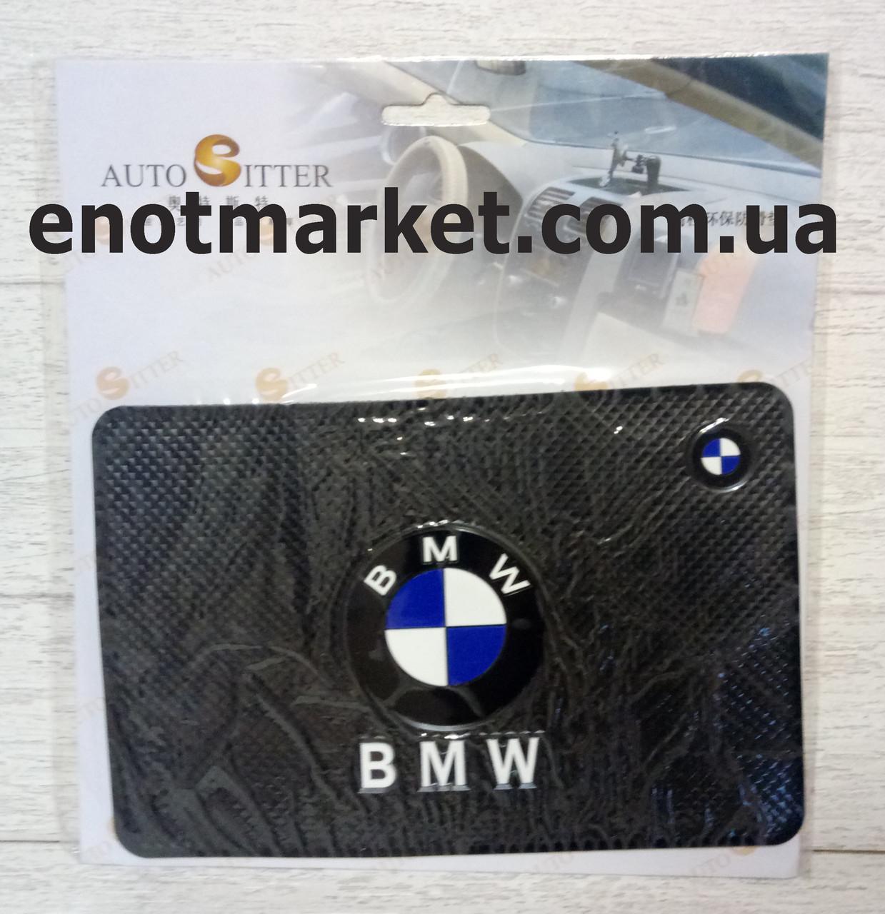 "Коврик-держатель антискользящий липкий на торпеду автомобиля c логотипом ""BMW"" для телефона"