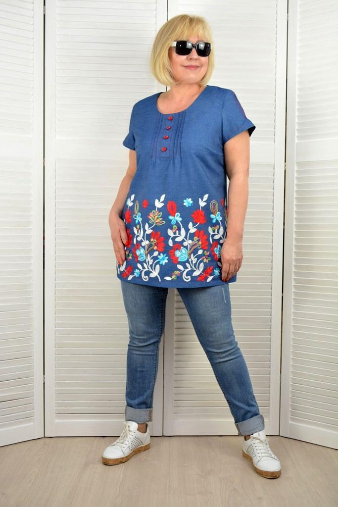 """Туника """"Калина"""" джинс с вышивкой - Модель 1550-2 - 50 размер"""
