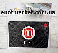 "Коврик-держатель антискользящий липкий на торпеду автомобиля c логотипом ""FIAT"" для телефона"