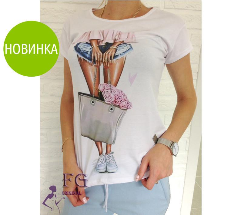 Стильная футболка с принтом Bouquet
