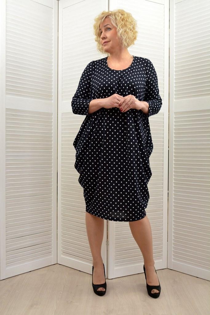 Платье черное в горошек (короткий рукав) - Модель Л59-9 - 52,54 размеры