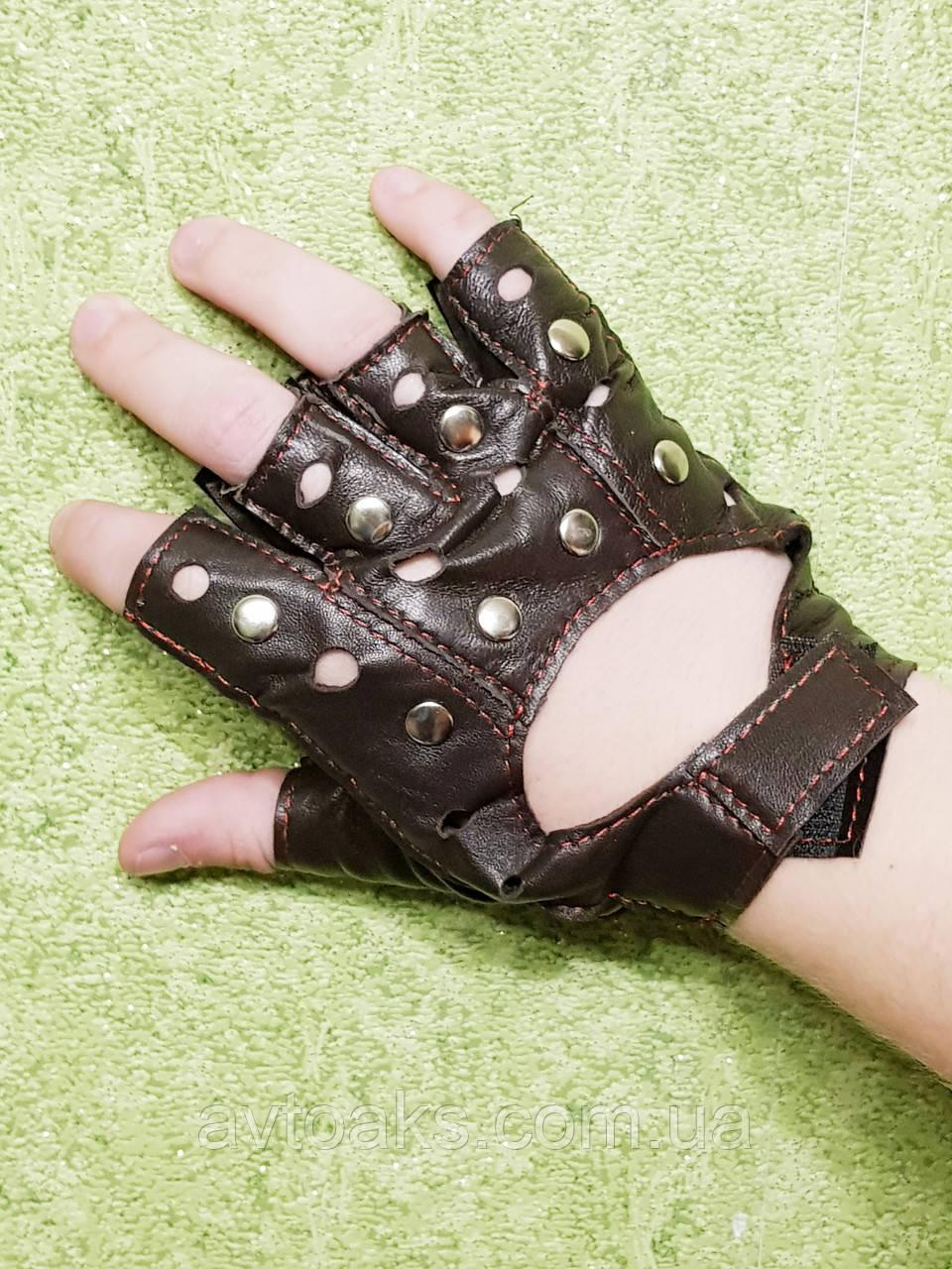 Перчатки кожаные М, тёмно-коричн. с клёпкой