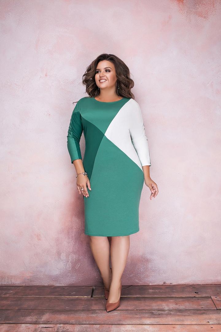 Стильное женское платье большие размеры.