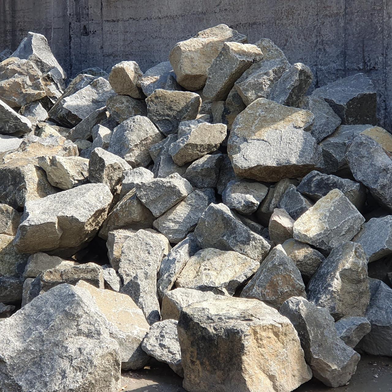 Камень бутовый бут гранитный 300-500