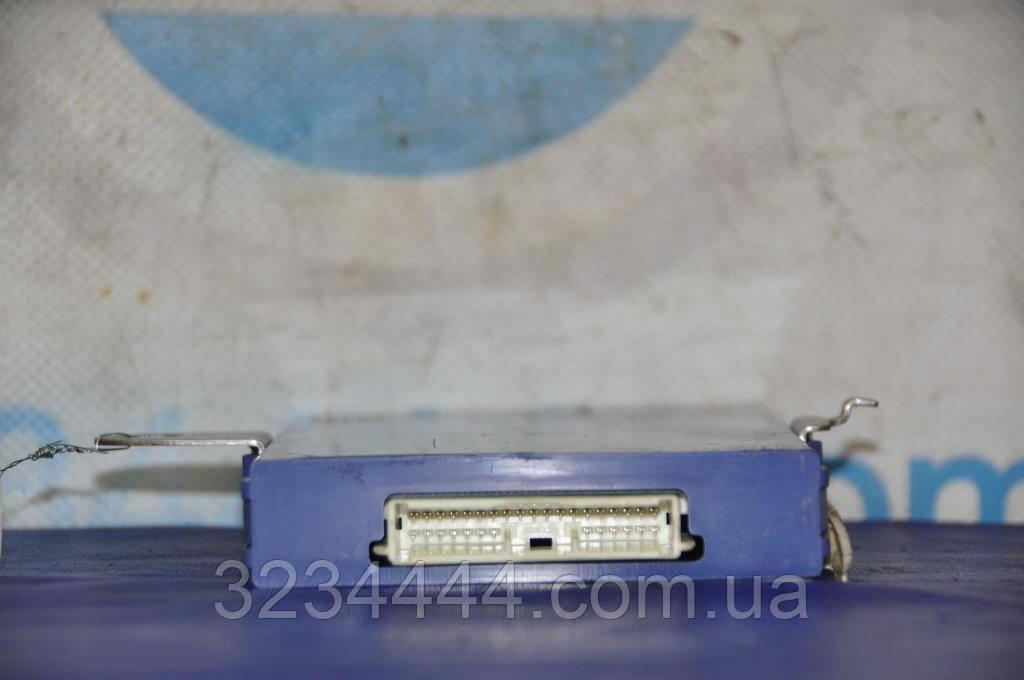 Блок управління центр.замком LEXUS GS350 GS300 06-11