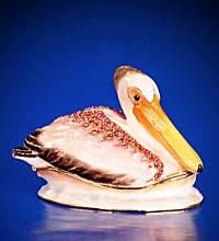 Шкатулка в виде розового пеликана со стразами и цветной эмалью