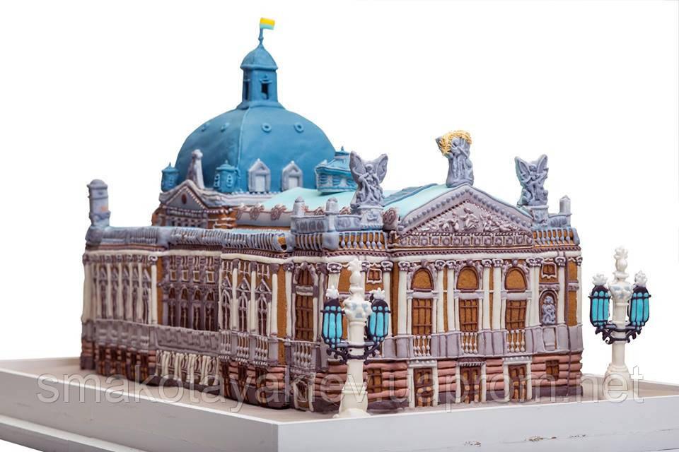 Львовский оперный театр из пряника