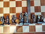 Шахматы металлические 50*50 см Воины Света и Тьмы на деревянной доске, фото 3