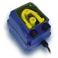 Перистальтический насос-дозатор PR-1 для подачи ополаскивателя в профессиональные посудомоечные машины.