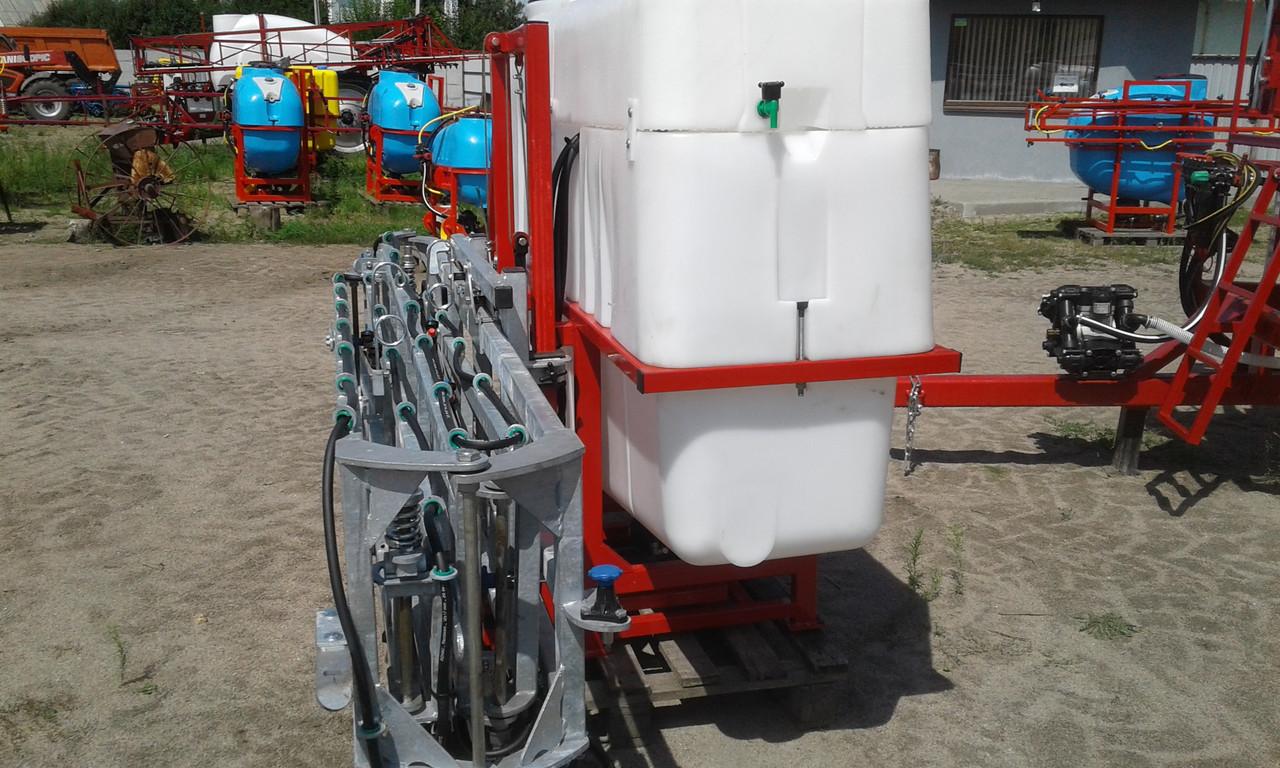Обприскувач навісний 1000 л гідравлічна штанга 18 м Польща