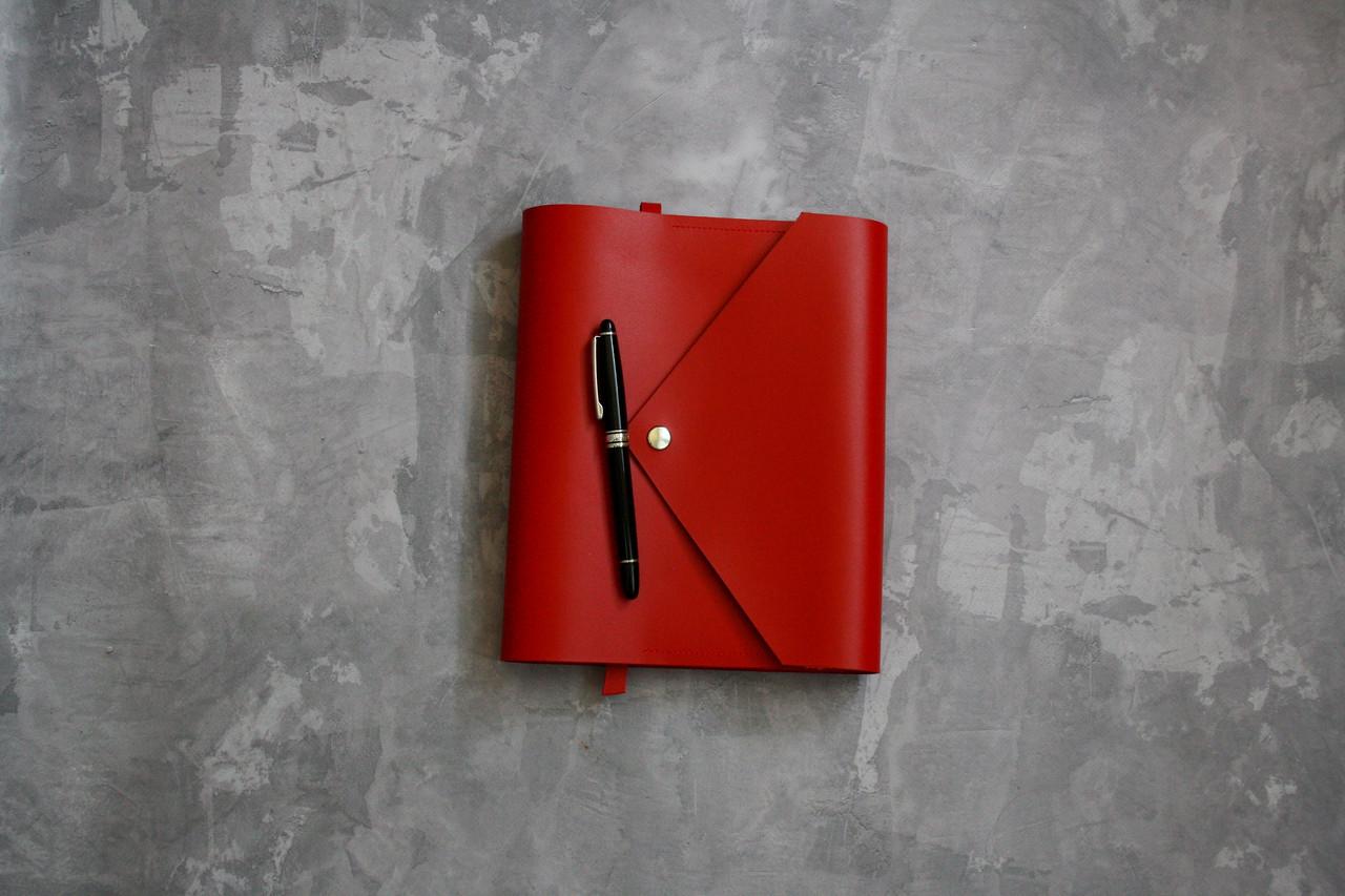 Кожаный блокнот ежедневник  планер на год на кольцах Алый+ именная гравировка