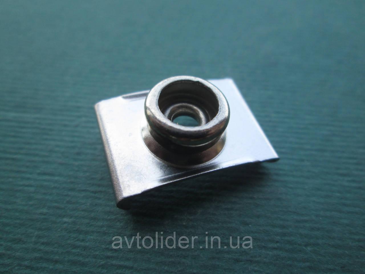 Durable DOT - Клипса для ветрового стекла - нижняя часть кнопки.