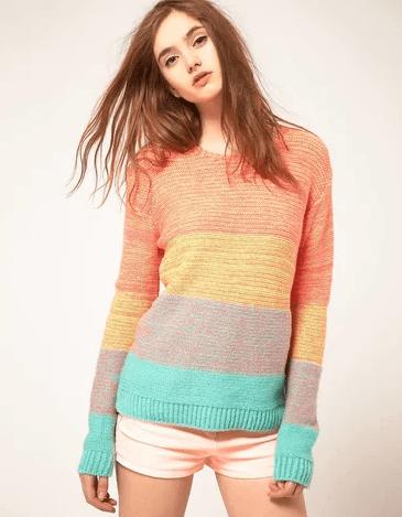 фото девушка в свитере