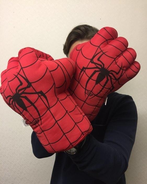 """Игровой набор Marvel """"Перчатки - Боксер Человек-Паук"""