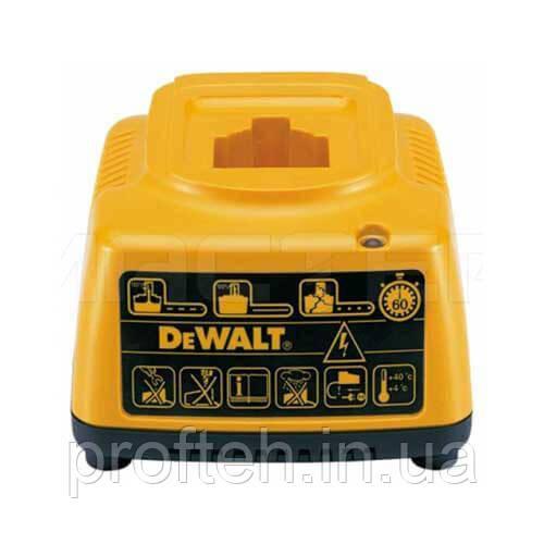 Устpойство зарядное DeWALT 572576-01