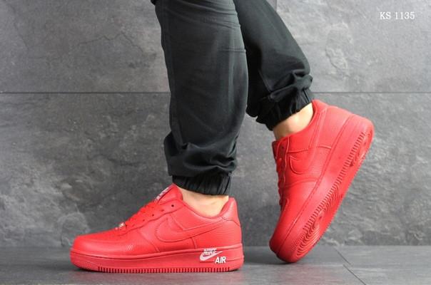 Чоловічі кросівки Nike Air Force 1 LV8 (червоні)