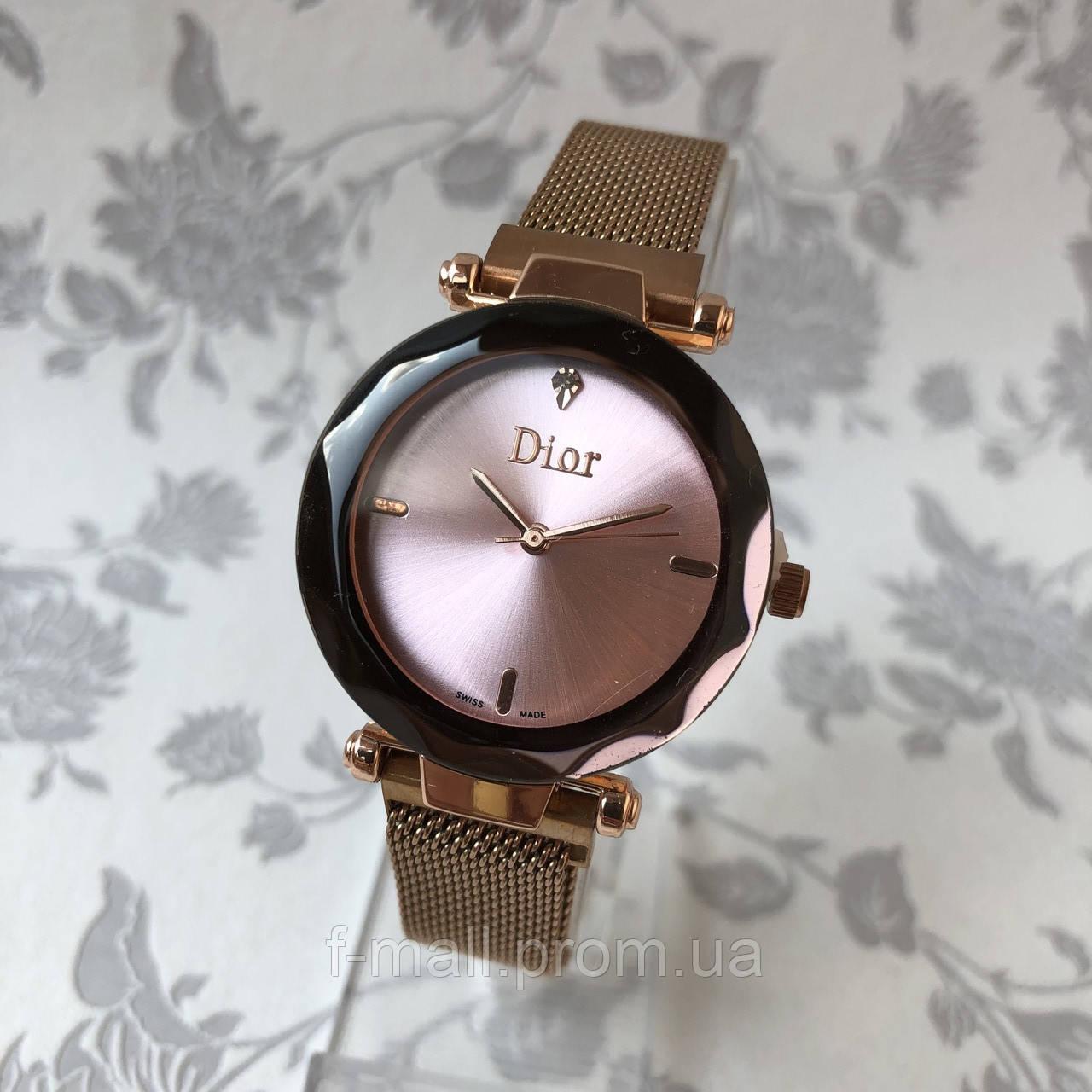 Женские наручные часы на магните