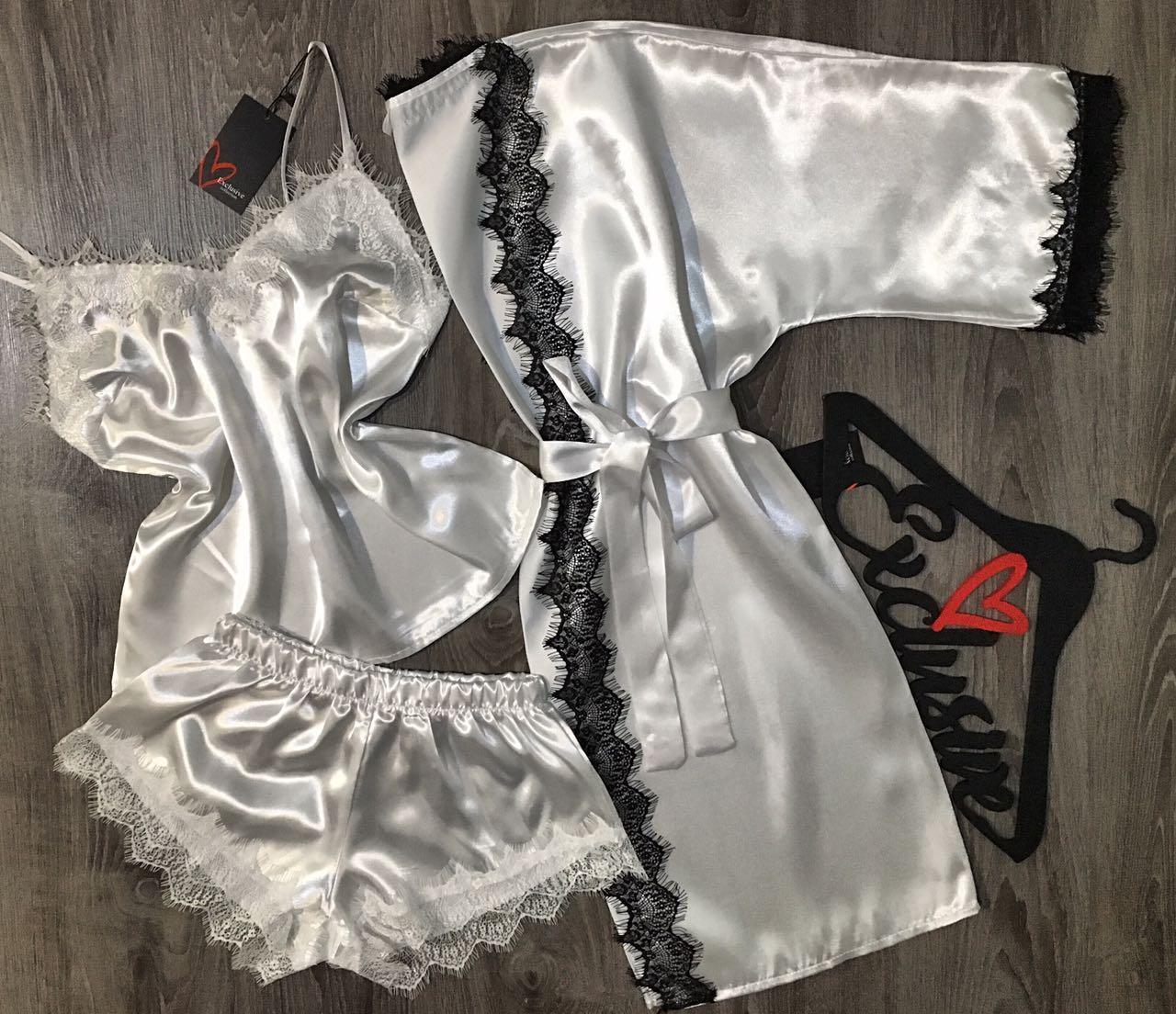 Атласный комплект домашней одежды  007-017, белый халат+майка+шорты.