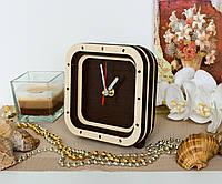Часы квадрат Часы коричневые и бежевые Часы 15 см Часы с красной секундной стрелкой Часы из дерева