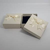 Коробочка для бижутерии и ювелирных изделий с бантиком(имкожзама)