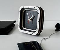 Квадратные часы Бело черные часы Белые стрелки Часы стиля лофт Настольные часы Деревянные часы 15 см диаметр