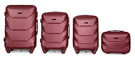 Набор чемоданов 4 штуки в 1 Fly К147 на 4 колесах Бордовый
