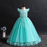 Ошатне бальна сукня з крильцями і мереживами. Elegant ball gown with wings and lace.2021