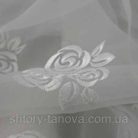 Органза букетики роз белый/белый