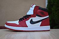 Мужские кроссовки спортивные в стиле Nike Air Nike Air Jordan 1 Retro белые с красным