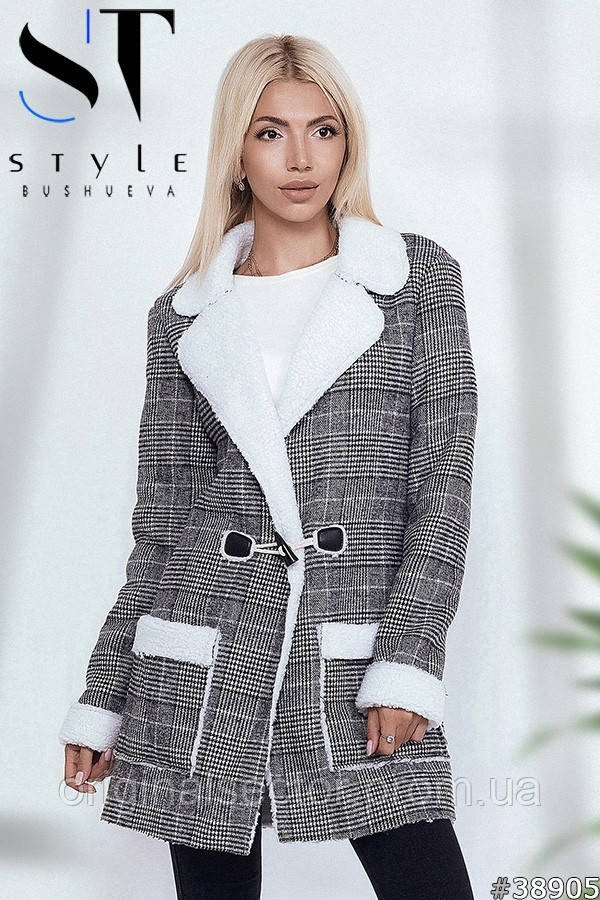Теплая куртка-пиджак в клетку