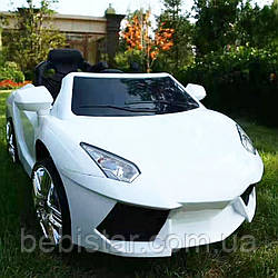 Детский электоромобиль суперкар белый колеса EVA для 3-8 лет с пультом мотор 2*20W аккумулятор 2*6V4.5AH