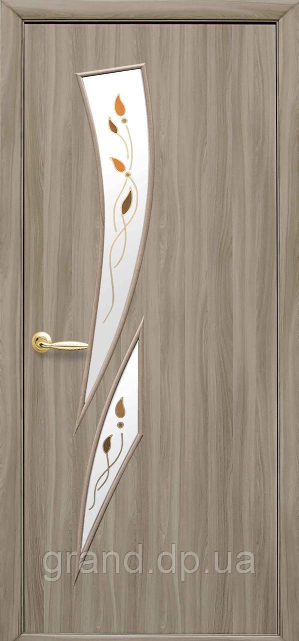 Межкомнатная дверь  Камея Экошпон с матовым стеклом и цветным рисунком, цвет сандал