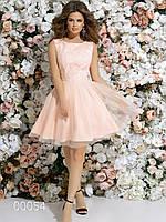 Гипюровое платье с пышной юбкой из габардина с сеткой
