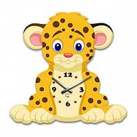 Детские настенные часы Лео