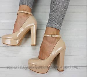 Туфли на толстом заблуке