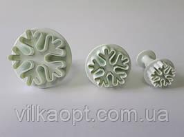 Наборы кондитерских плунжеров для мастики и печенья пластиковый Снежинки 3 штуки