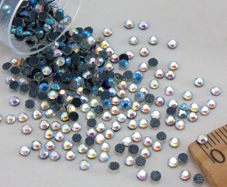 (10грамм ≈ 900-1000шт) Стразы SS10 стеклянные (2,7-2,9мм) термоклеевые Цвет - Хамелеон
