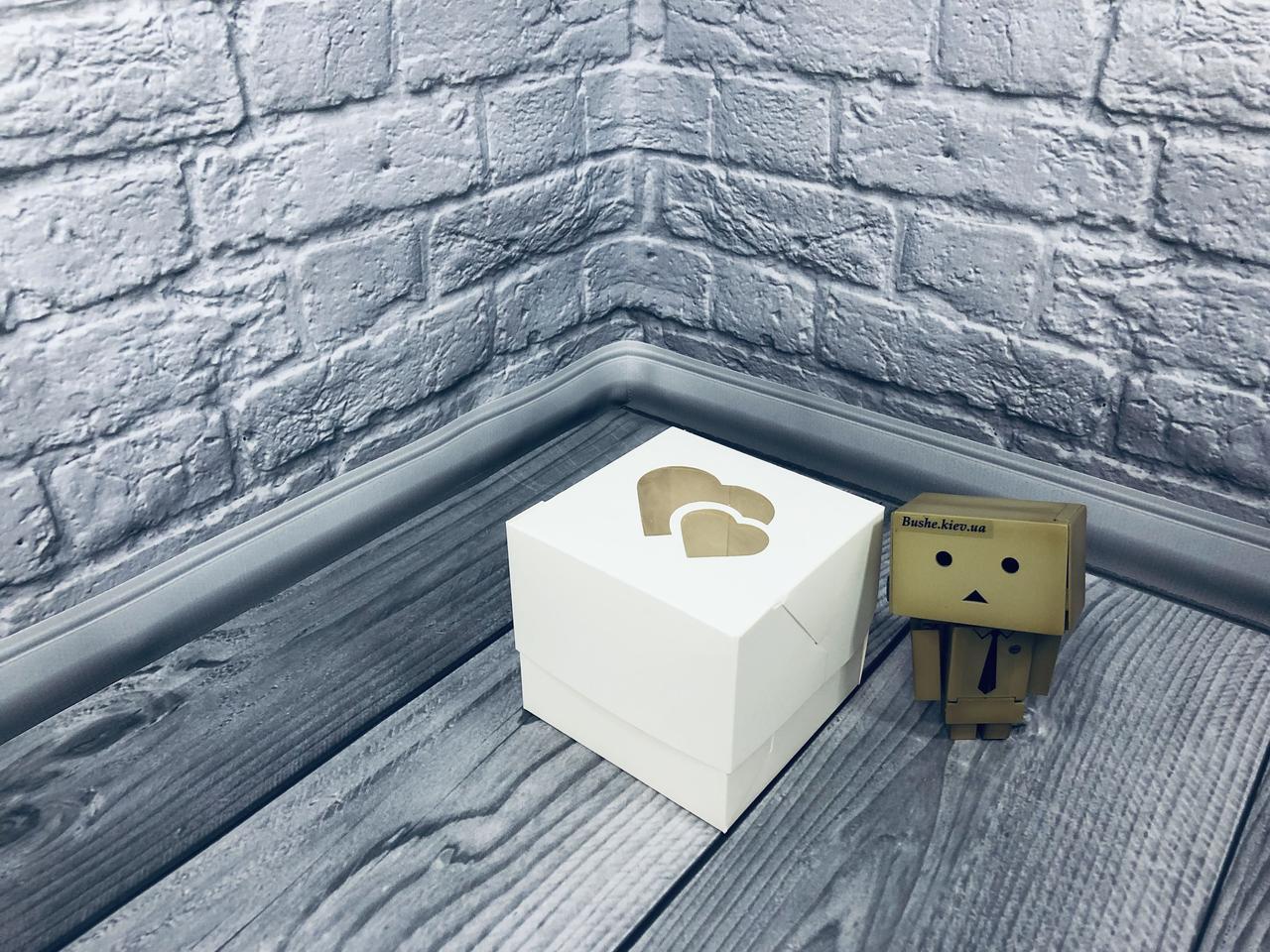 *10 шт* / Коробка для 1-ого кекса / 100х100х90 мм / Белая / окно-2 Сердц / лк
