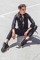 Повседневный спортивный костюм с накладными карманами черный