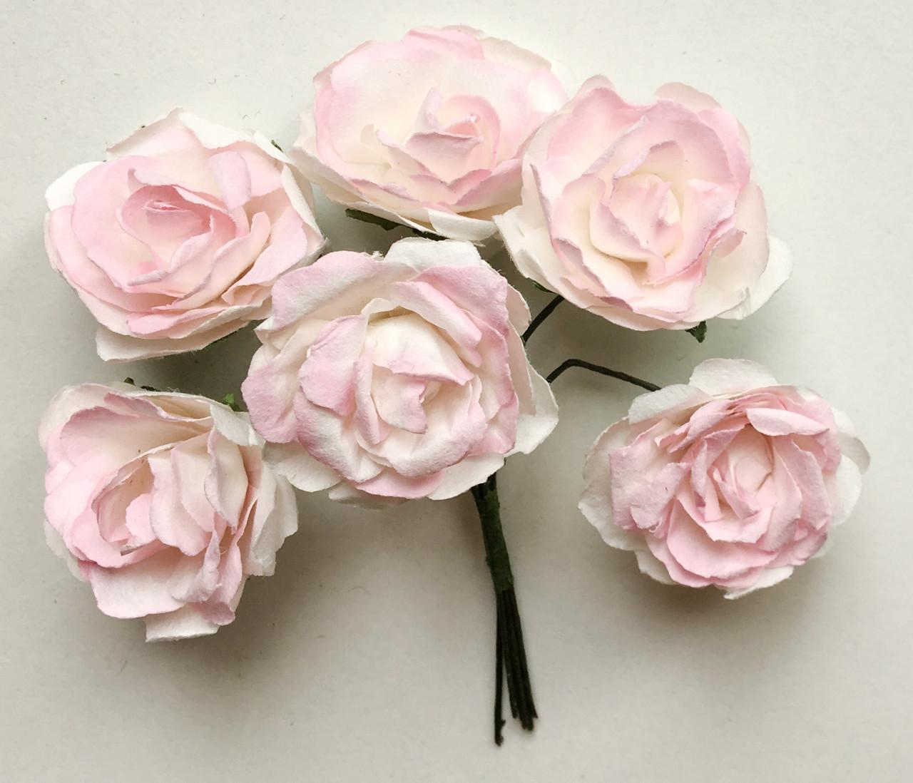Троянди з паперу світло-рожеві 3 см 6 шт