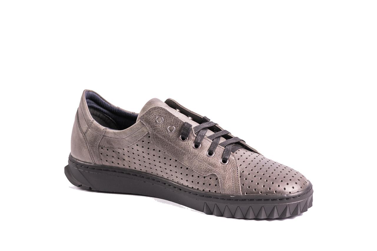 Чоловіче взуття ІКОС стиль від українського виробника!