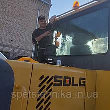 Замена уплотнений стекла кабины погрузчика SDLG LG918